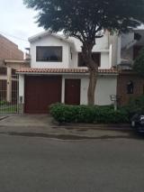 Venta de Casa en Jr. Los Minos - Urb. Sagitario - Santiago de Surco