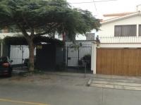 Venta de Linda Casa en Calle Luis Galvani - Urb. Higuereta